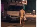 浴室偷拍被发现 男子裸身而逃 (33播放)